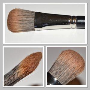 MAC Makeup Brush # 189  NWT